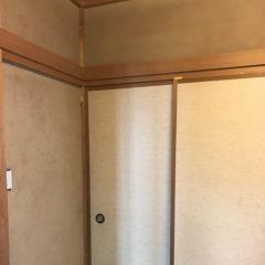 速乾性とスピーディーなリフォームで、施主様の日常生活に支障をきたさない。自然素材の珪藻土壁に塗り替え。のサムネイル画像1