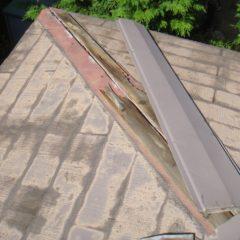 軽量で建物への負担も少ない、ガルバリウム鋼板の屋根。カバー工法で費用面と耐久性を兼ね備えるリフォーム。のサムネイル画像5
