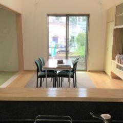 地震対策と吹抜けでも暖かい、家族の気配を感じられる家のサムネイル画像7